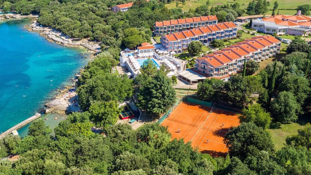 Resort Funtana • All Inclusive