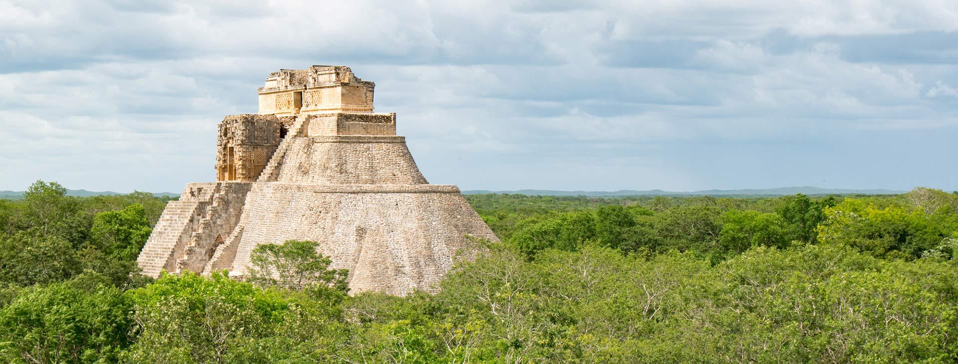 Meksyk - zaginione miasta Majów