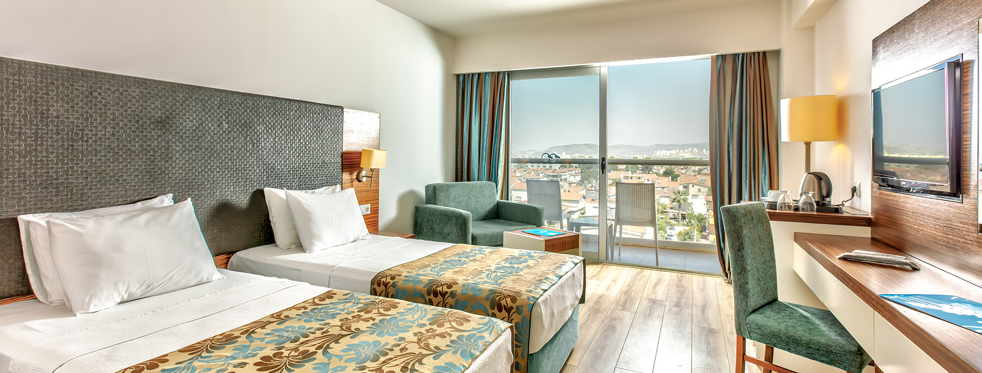 Palm Wings Beach Resort & SPA (Kusadasi)