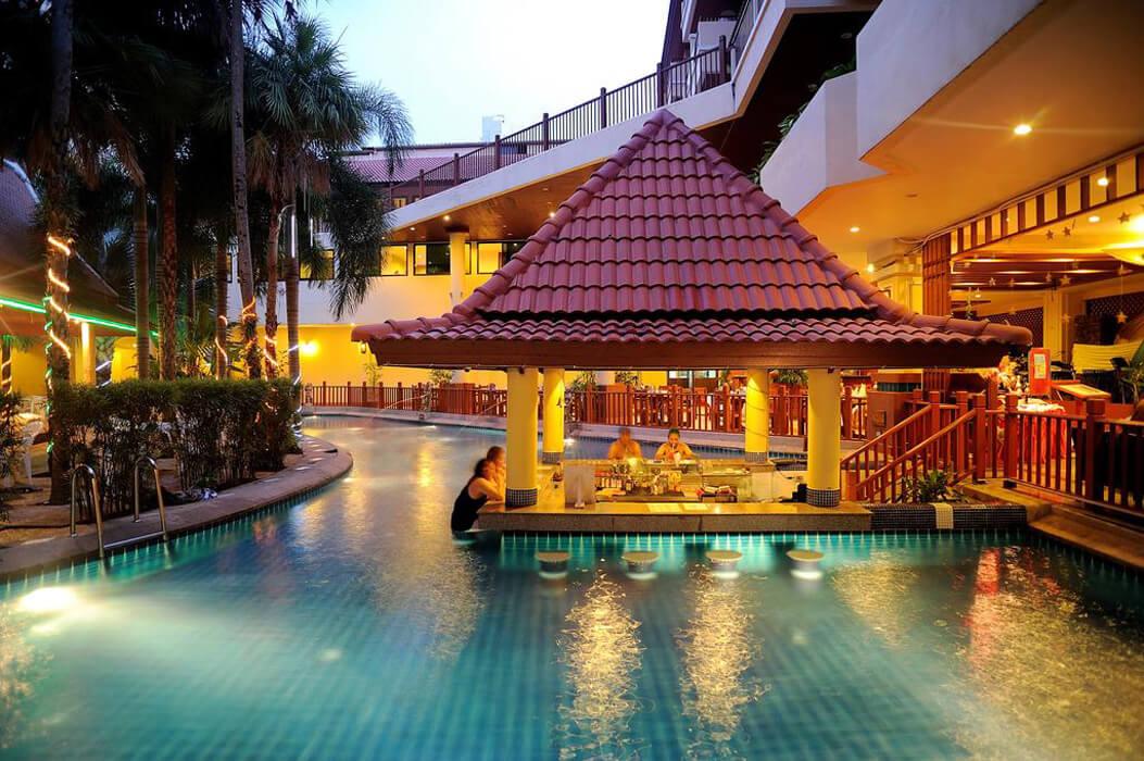 Baumanburi Tajlandia, Phuket, Patong