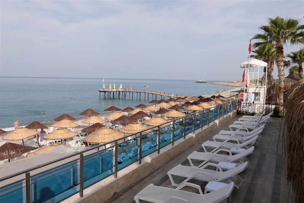 Holiday Park Resort (Okurcalar)